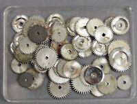 Konvolut Ersatzteile f Armbanduhr Uhrwerk Uhrmacher Uhr watchmaker watch