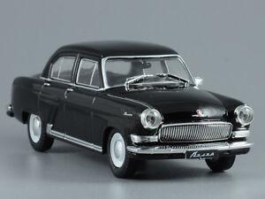 GAZ-21R Black Volga Soviet Luxury Vehicle 1965 Year 1:43 Scale Diecast Model Car