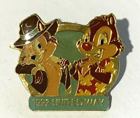 Disney Collector Pin Chip n Dale United Way Disneyland Cast Exclusive 1992