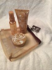 MARY KAY CREAMY FROSTED VANILLA WOMEN'S GIFT SET WITH MESH BAG