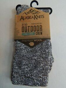 Alaska Kints Women's Outdoor Crew Socks Shoe Size 4-10 Sock Size 9-11 Choices