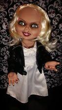 Bride of Chucky Talking Tiffany Mega Scale 15 inch Mezco