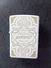 "Zippo ""Made in USA""Adornos- White matt- NUEVO Y EMB. orig. - #342"