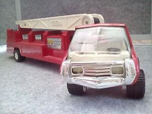 """Tonka Fire Engine/Ladder Carrier 1970s 18 """" Long."""