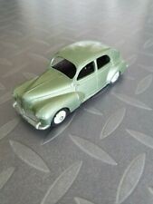 DINKY TOYS 24R PEUGEOT 203 METALLIC GREEN 1951 VERY BEAUTIFUL
