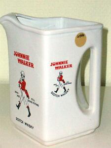 Johnnie Walker BORN 1820 STILL GOING STRONG Scotch Whisky - Ohne Siegel K44K4