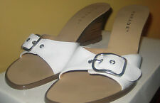 White Leather~Wood wedges~Side Adjustable Buckles~Sandals~Size 8M!NEW!
