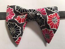Handmade Grey/Pink Floral Bow tie Vintage style 70`s Bowtie Pre-tied Adjustable