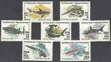 Timbres Poissons Requins Madagascar 1249/55 ** lot 18464