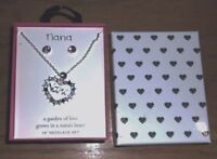 "A Garden of Love Grows in Nana's Heart 18"" Necklace Set"