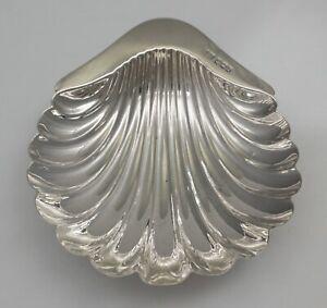 Antique Victorian silver butter shell, Atkin Bros Sheffield 1900, 118mm, 60g.