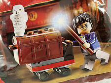 LEGO Harry Potter Trolley Promotional Polybag 30110 w/ Harry & Hedwig