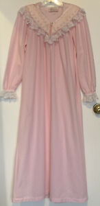 Vintage Vandemere Granny Nightgown Women's Small Long Soft Polyester Pink