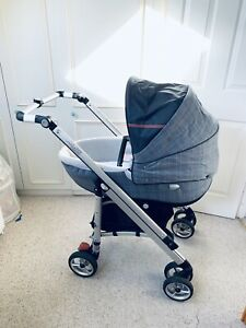 Bebeconfort Loola , Windoo Carrycot, Creatis Car Seat & Pushchair