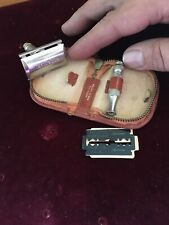 Gillette Travel Razor with Original Case, With Xtra Handle