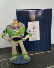 Disney Showcase 4054878 Buzz LightYear New & Boxed