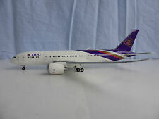 THAI Airways Boeing 787-8 1/200 Herpa 556958 787 Dreamliner HS-TQA Ongkharak