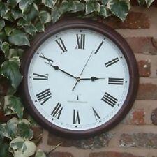 Horloges murales noirs rondes pour le patio