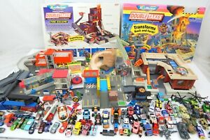 Micro Machines Double Take Fire Escape! Playset & Extra Buildings + 70 Vehicles!