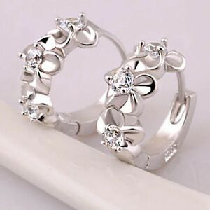 925 Silver Plated Tiny Hawaiian Plumeria Cubic CZ Flower Huggie Hoop Earrings E5