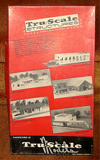 TRU-SCALE STRUCTURES - OLD TOWN LODGINGS  #A572-375 - HO TRAIN - NOS
