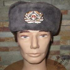 Chapka d'officier NVA avec insigne RDA / République Démocratique d'Allemagne