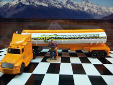 "MAISTO HIGHWAY HAULERS DELIVERY TRUCK IN BOX 1:87 ""HO""  SCALE"