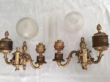 Ancienne paire d'appliques têtes de lions de Style Empire avec tubes et globes