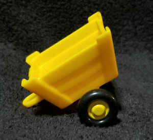 YELLOW CART Unmarked Possibly FISHER PRICE LITTLE PEOPLE