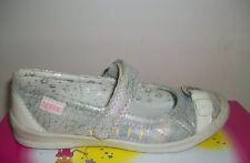 Norvic silver-white one bar shoes size 9.5 UK- 28 EU