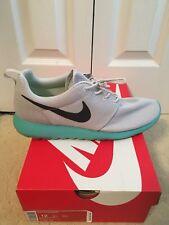 Nike Roshe Run Calypso 511881-013 Pure Platinum size 12