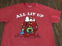 Peanuts Snoopy Doghouse All Lit Up Christmas Lights Medium Red T Shirt