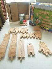 Thomas & Friends Wooden Railway Figure-8 Expansion Track Complete Train Toys