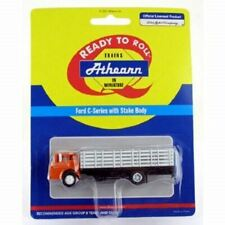 HO 1:87 Athearn # 2726 Ford 850 C-Series COE w/Stake Bed Orange/White