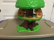 VINTAGE LITTLE PEOPLE Kenner General Mills 1975 Family Tree House