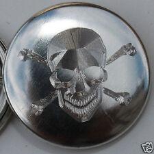 Badge métal gravé TETE DE MORT Ø25mm PIN BADGE BUTTON 1ex