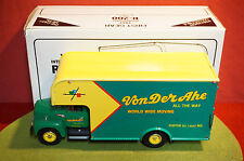 First Gear diecast 1:34 scale 1957 International R-200 Moving Van Von Der Ahe