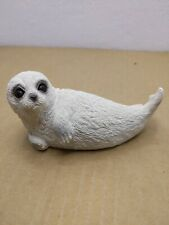 1998 Sign carved Td, Udc Classic seal white Figurine with Glass Eyes