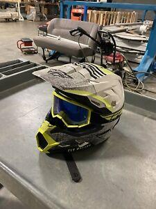 Fox Racing Dirt Bike Helmet Large