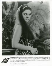 DREW BARRYMORE PORTRAIT DOPPLEGANGER ORIGINAL 1995 SCI FI TV PHOTO