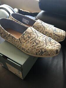 TOMS shoes LA print size 10