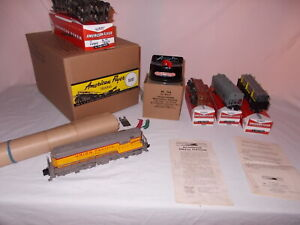 AMERICAN FLYER 5520T TRAIN SET 372 U.P. DIESEL ENGINE AND FREIGHT LOT #M-139