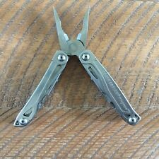 Leatherman Wingman Stainless Steel Multi-Tool with clip