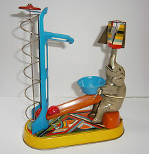 VINTAGE MECHANISM KEY CIRCUS ELEPHANT LIFT BALLS GERMAN WIND-UP TIN TOY GERMANY