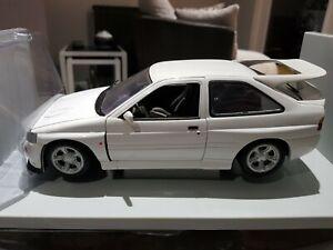 UT models1:18 Ford Escort RS Cosworth  ***RARE***