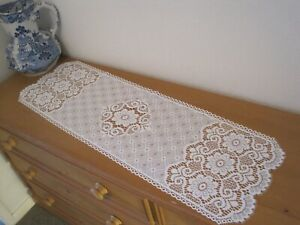"""A NOTTINGHAM LACE TABLE RUNNER.  36"""" X 12"""",  WHITE COLOUR,  NEW."""