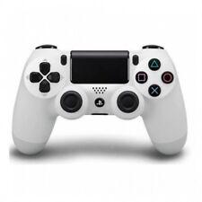 Consolas de videojuegos blancos Sony PlayStation 4