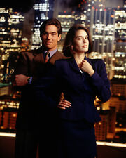 Lois and Clark [Cast] (12957) 8x10 Photo