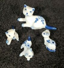 Vintage Set of 4 Blue White Porcelain Cats Kitty Figurine Miniatures