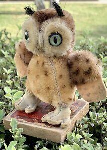 """4""""(10cm)Tall x 4.5""""(12cm)Wide Vintage Steiff 'Wittie' the Horned Owl 🦉"""